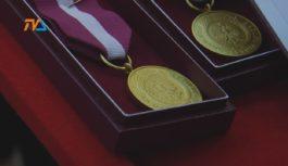 Pożegnania, powitania i medale